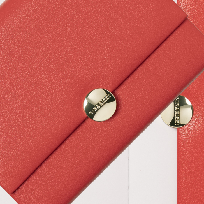 Business Red Madeillon Agenda Nina Ricci 1