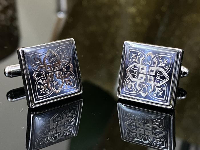 Butoni Silver Celtic Knot Cross 1