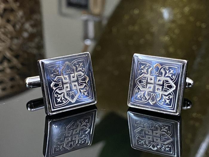 Butoni Silver Celtic Knot Cross 2