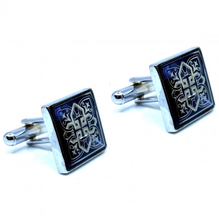 Butoni Silver Celtic Knot Cross 0