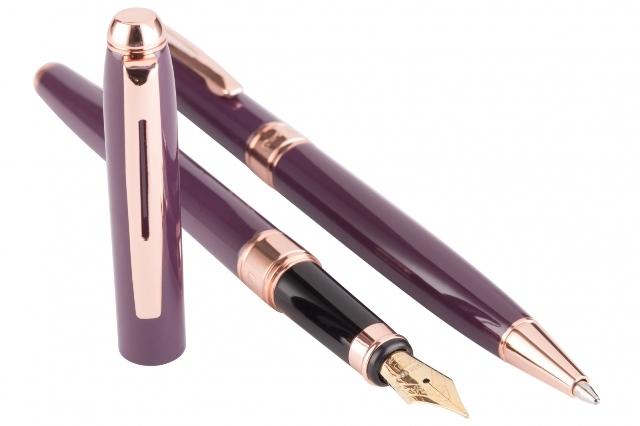 Cadou Business Woman Dark Purple Pix si Stilou Penita Placata Aur 18 K-big