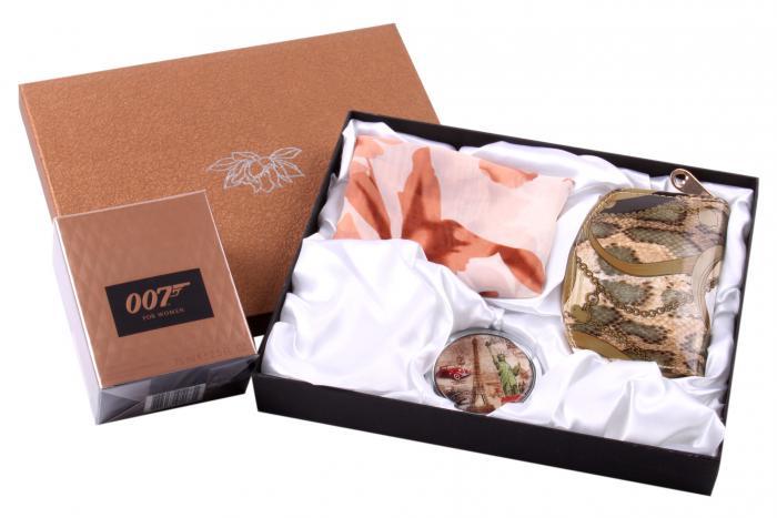 Cadou Set Parfum 007 Girl & Accesorii 0