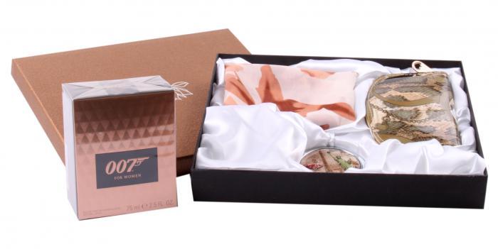 Cadou Set Parfum 007 Girl & Accesorii 1