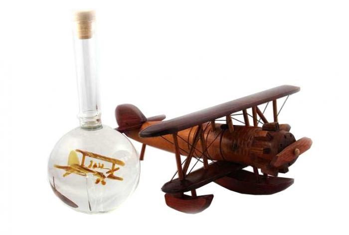 Cadou Airplane Bottle -  Sticla Lucrata Manual-big