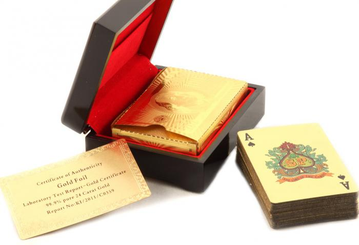 Cadou Gold Magic Playing Cards in cutie de lux din lemn personalizabila 1