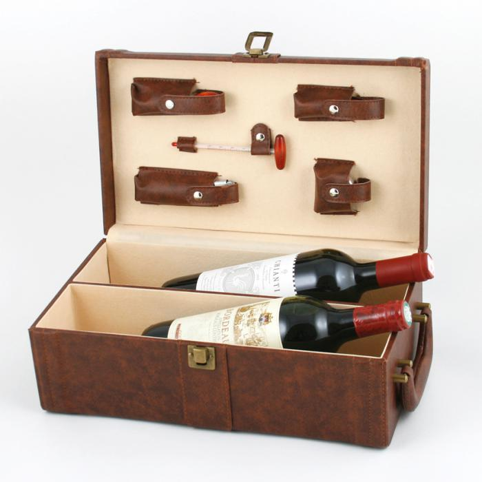 Set Cutie Dubla de Vin din Piele Maro cu Accesorii si Note Burgundy Pad Hugo Boss 1