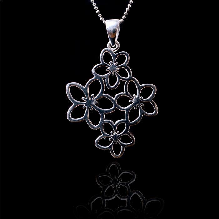 Medalion Borealy Argint 925 White Flower 2