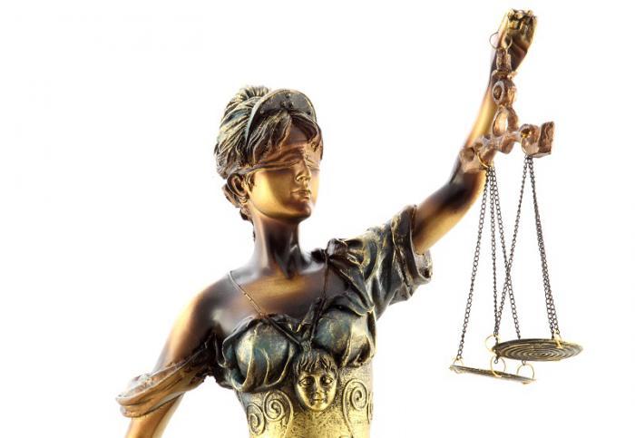 Zeiţa Justiţiei 30 cm 1