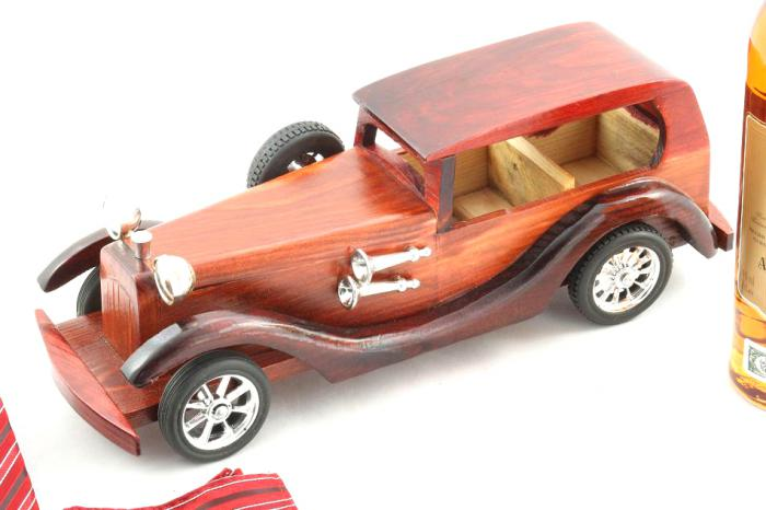 Gentlemen's Bugatti Royale-big