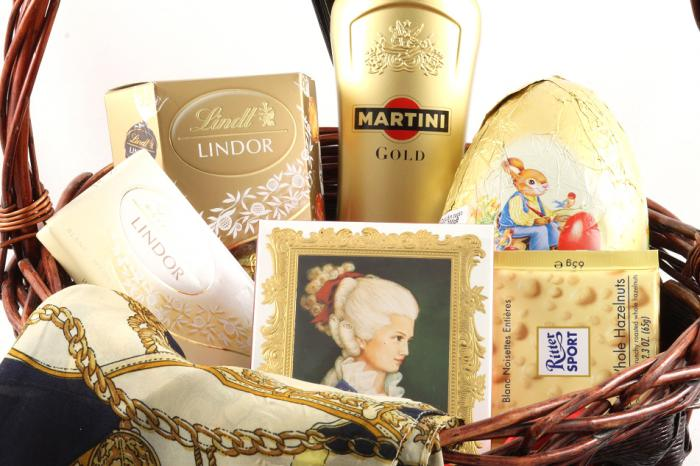 Golden Lady Gift Basket-big