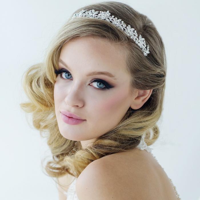 Tiara Borealy Corinne Luxe-big