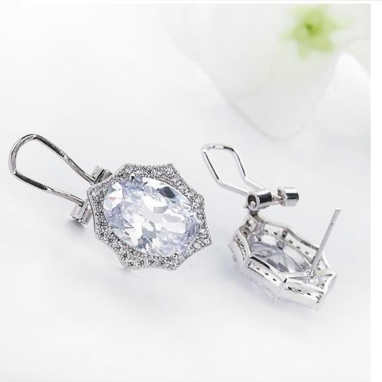 Cercei Borealy Round Diamonds 3