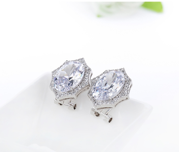 Cercei Borealy Round Diamonds 2
