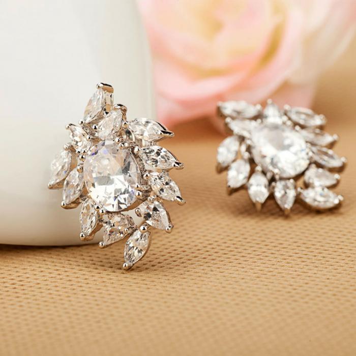 Cercei Bridal Flower Glamour 1