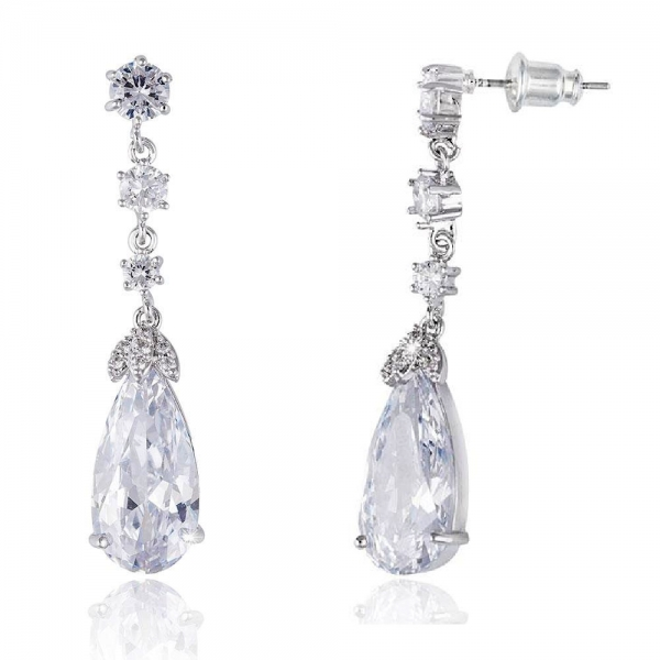 Cercei Elysee Borealy Long Crystal Teardrop 1