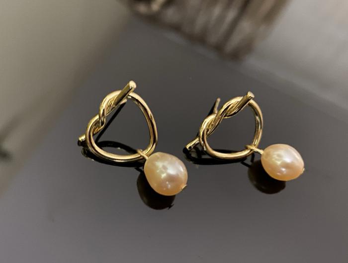 Cercei Fashion Pearl by Borealy, placati cu aur galben 1