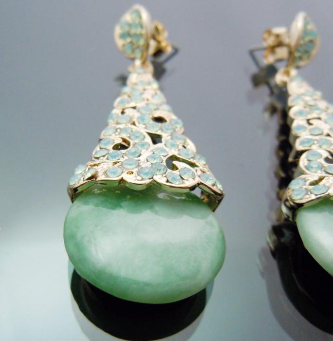 Cercei Borealy Aventurine & Opal Chandelier Green 1