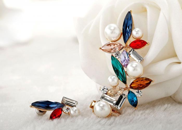 Cercei Borealy Crystal Pearl Ear Cuff Asimetrici Colours 4