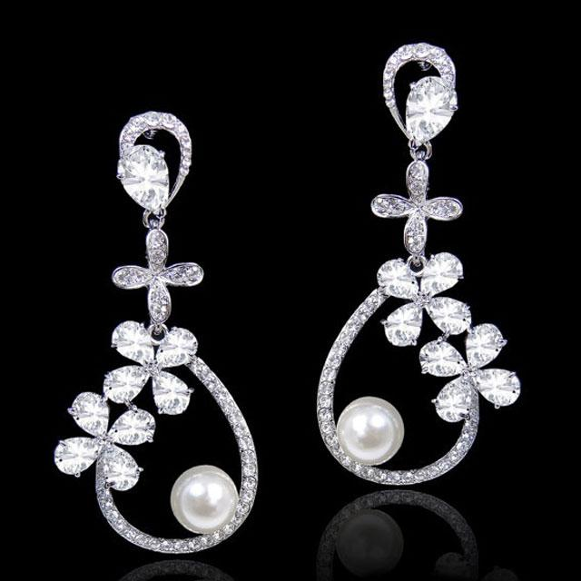 Cercei Borealy Pearl Chandelier Glamour-big
