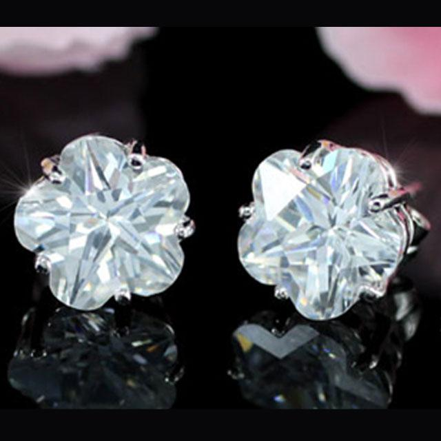 Cercei Borealy Sapphire Studs Flower Cut 3