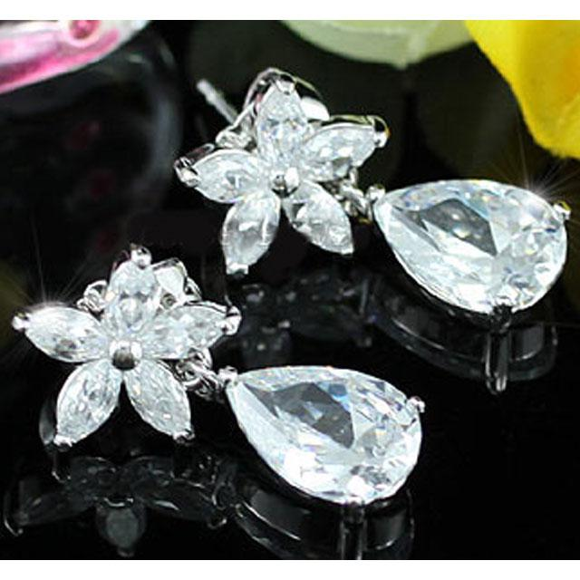 Cercei Borealy Diamonds Flower Sisi-big
