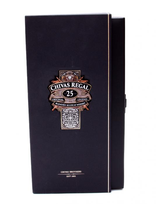 Chivas Regal 25 Years Old - Luxury Limited Edition 4