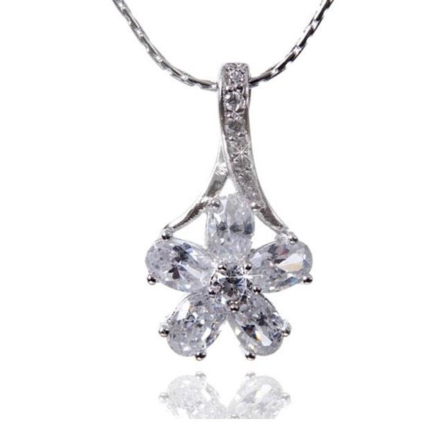 Colier Borealy Diamonds Fleur-big