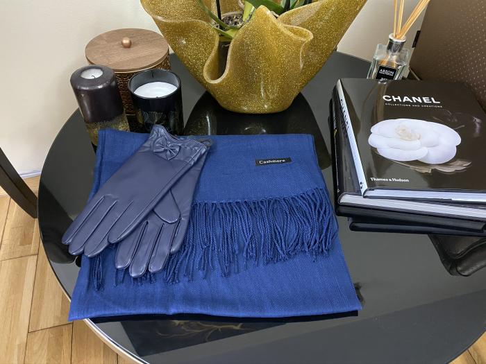 Colours of Blue Esarfa Casmir & Mănuşi Piele 1