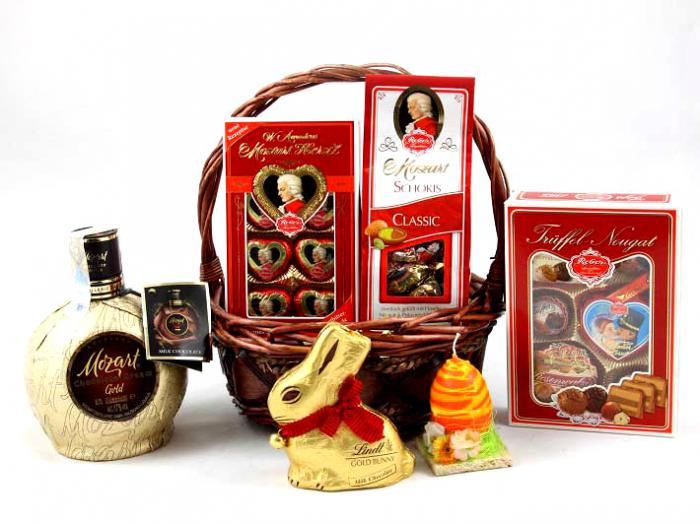 Mozart Luxury Gift Basket 0
