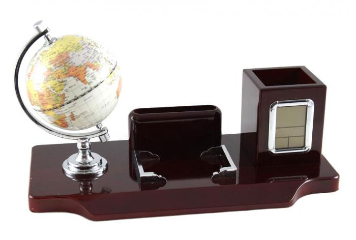 Office Business Desk with Clock & Globe 0