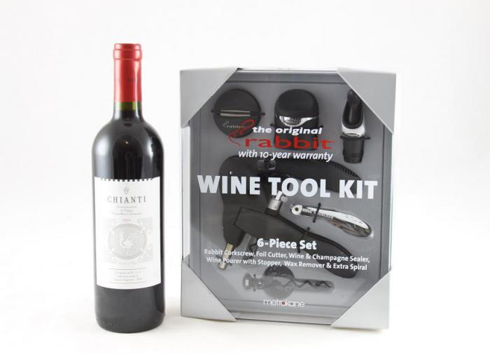 Rabbit Wine Tool Kit & Melini Chianti 0