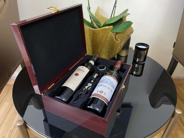 Cutie Vin Dubla din Lemn cu 3 Accesorii + Vin Bordeaux + Vin Chianti [7]