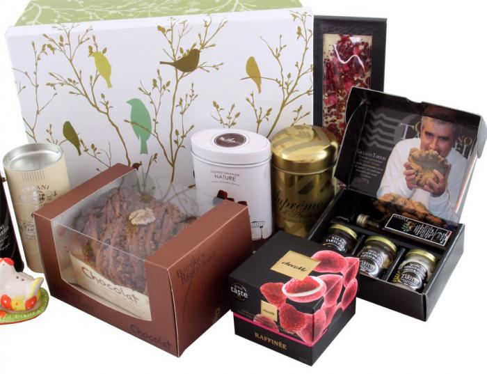 Deluxe Easter Gift Box, cu Trufe de Padure si Sampanie cu Aur 3