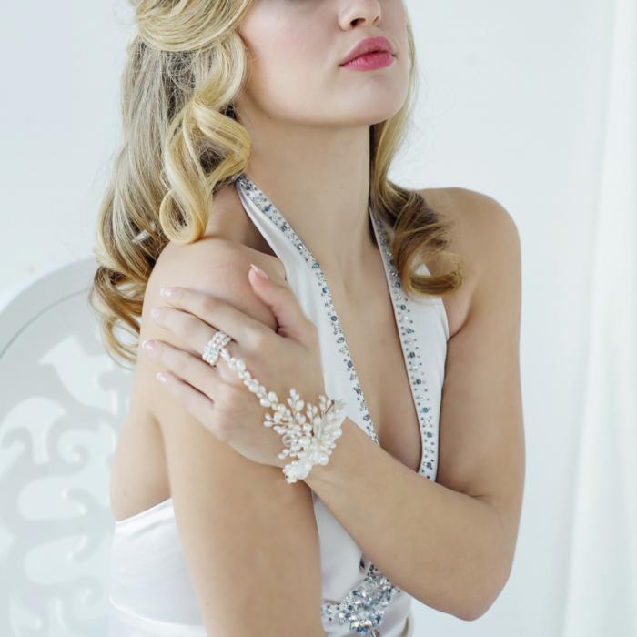 Bratara Borealy Pearls Divine 1