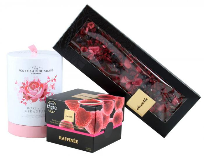 Exquisite Gift with Scottish Fine Soaps & ChocoMe 0