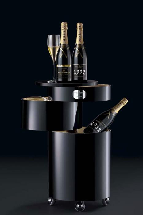 Moet & Chandon Bar Boy - Bar Mobil Luxury-big