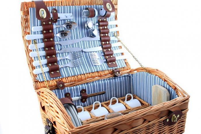 Cos picnic pentru 4 persoane 1