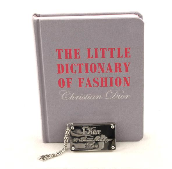 Dicţionar de Fashion – Christian Dior 9