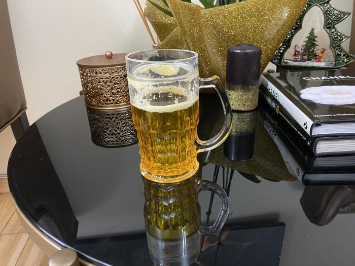 Halba de bere care ingheata cu perete dublu [1]