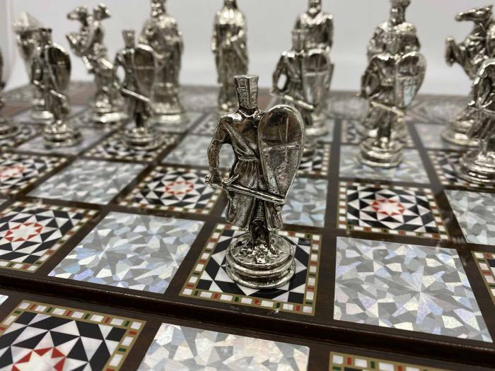 Joc de SAH si TABLE cu insertii de sidef, piese sah din metal AURII/ARGINTII sculptate manual, calitate premium 5