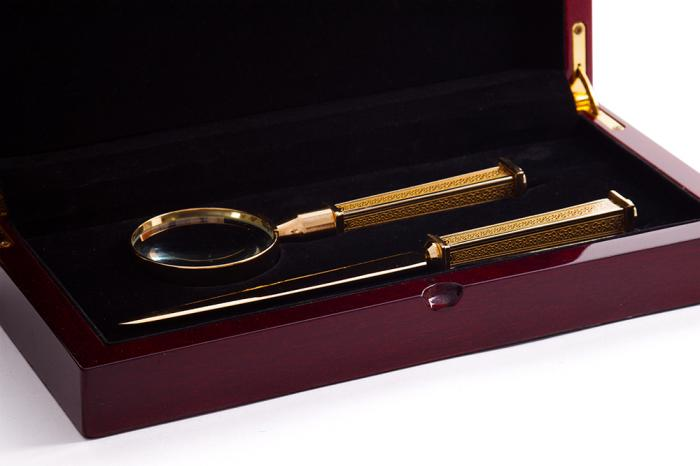Set Letter Agatha Christie by Credan si Butoni Gold Round by Credan 5