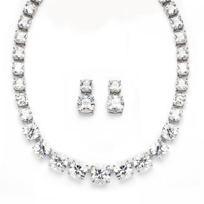 Majestic Medalion şi cercei Diamonds 0