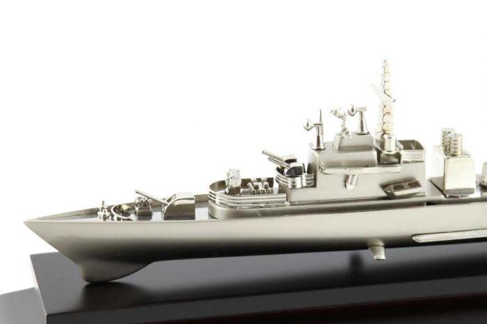 Decoraţiune Navă Amiral Desk 2