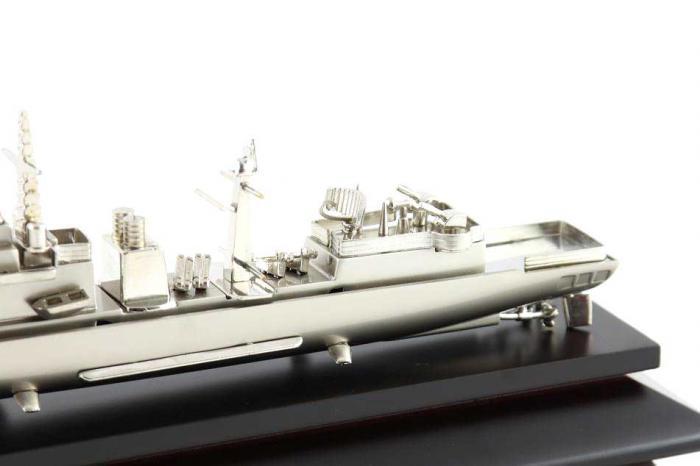 Decoraţiune Navă Amiral Desk 1