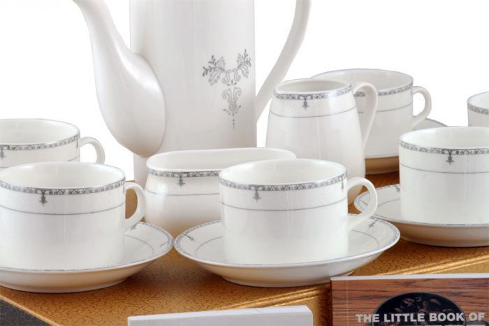 Porcelain Tea Set & Little Books of Tips 1