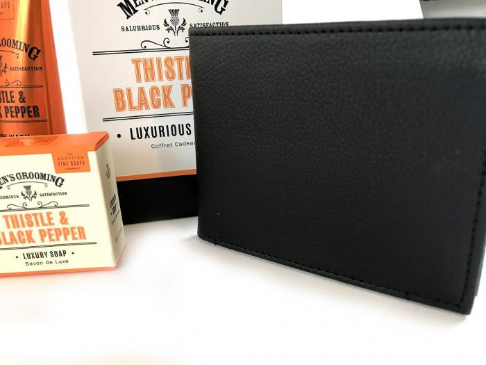 Set Modern Man cosmetice Scottish Fine si portofel personalizabil piele naturala-big