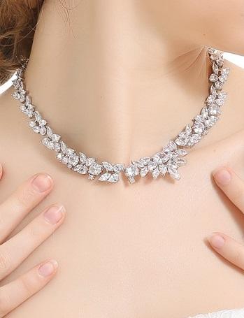 Set Cercei şi Colier Luxury Bridal Borealy 2