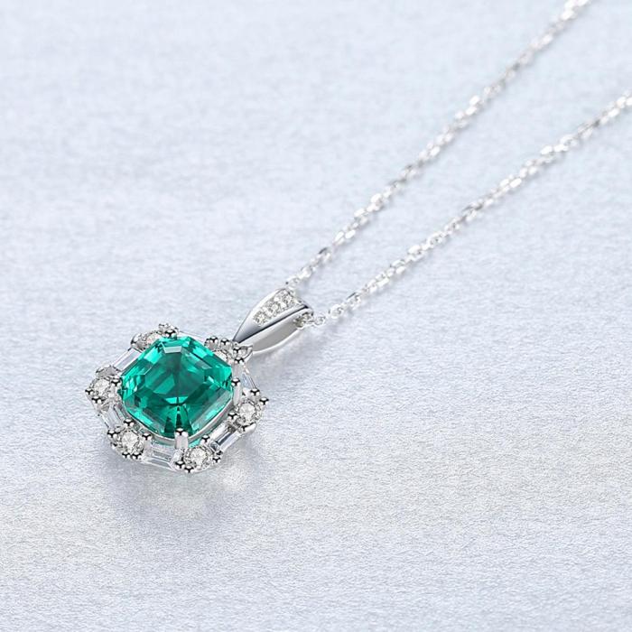 Set Colier şi Cercei Regina Emerald 4