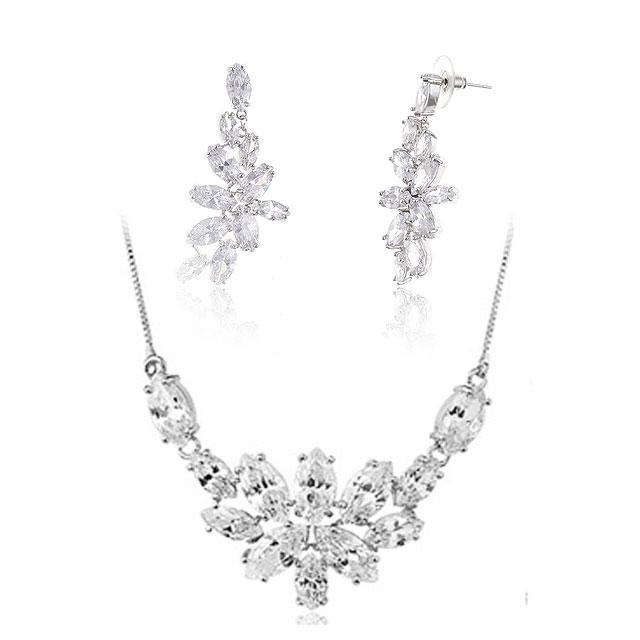 Set Borealy Crystals Colier si Cercei Delice Luxury 0