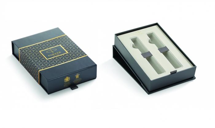 Caseta cadou Pix & Roller Parker Accesorii Aur 23 kt. Brushed Metal si Note Pad Hugo Boss - personalizabil 4